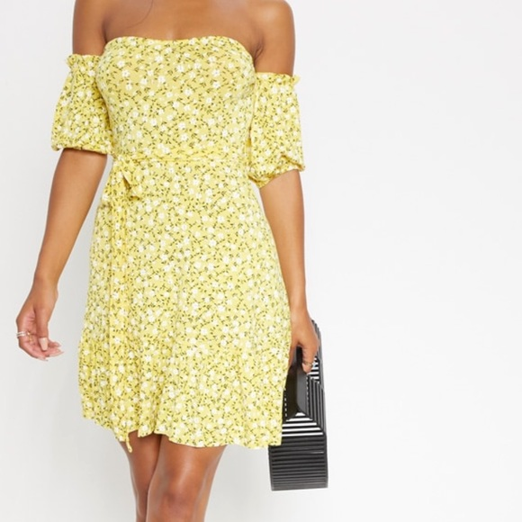 Pretty little thing yellow summer dress